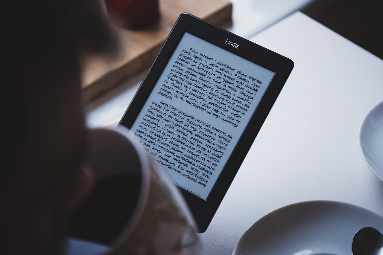 Interactive E-books for publishers